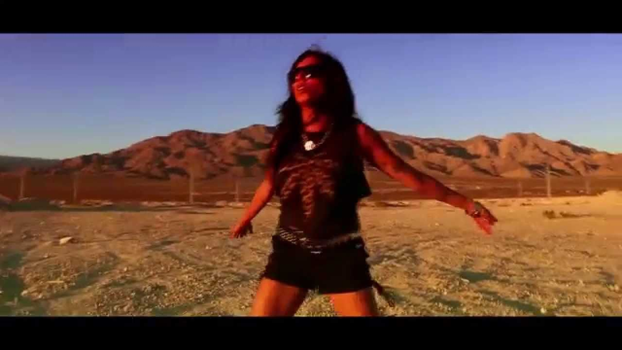 DIEMONDS - Ain't That Kinda Girl (Official Video) | Napalm Records